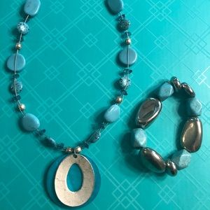 Turquoise and silver necklace and bracelet bundle